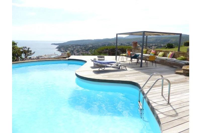 Location Location Cassis, magnifique vue mer pour cette villa contemporaine avec piscine, 8 couchages T5 cassis super cassis