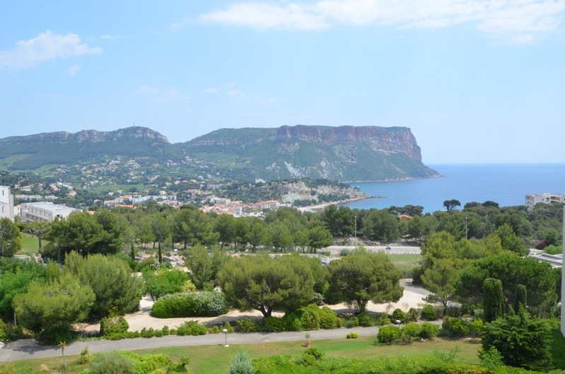 For rent Seasonal rental T3, Cassis, sea view