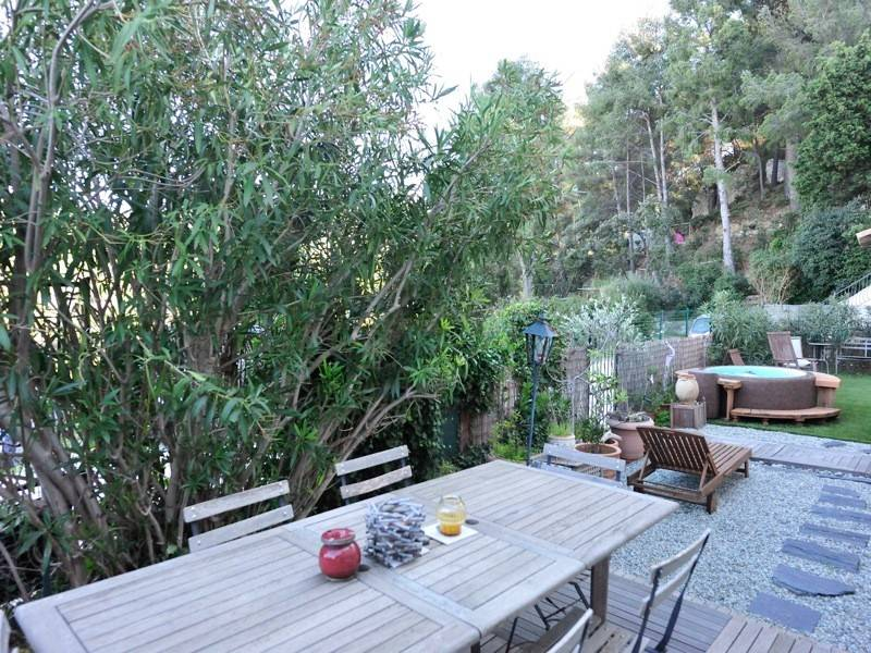 Ventes t4 f4 cassis appartement jardin r nov transactions for Voir appartement