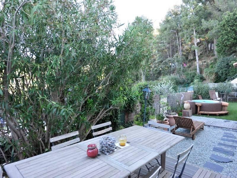 Vente T4 cassis appartement jardin, rénové