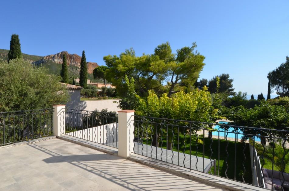 Vente Appartement T3 Cassis terrasse, piscine, parking, vue mer