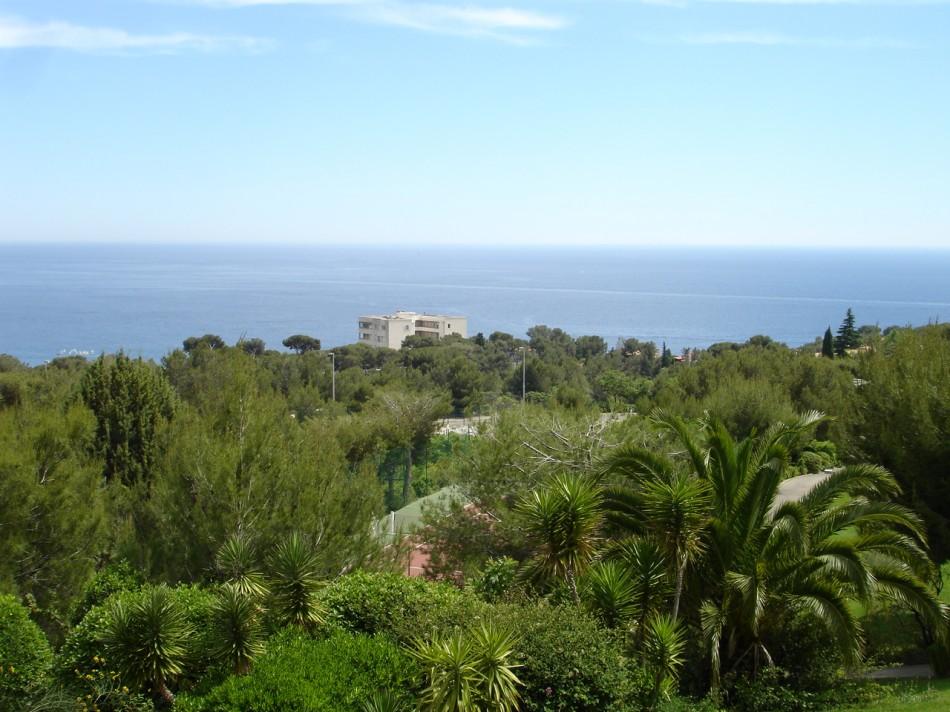 Vente T2 Cassis proximité bestouan et port vue mer, terrasse, place de parking