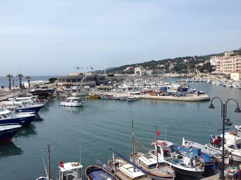 Vente duplex T5 cassis port vue mer, terrasse