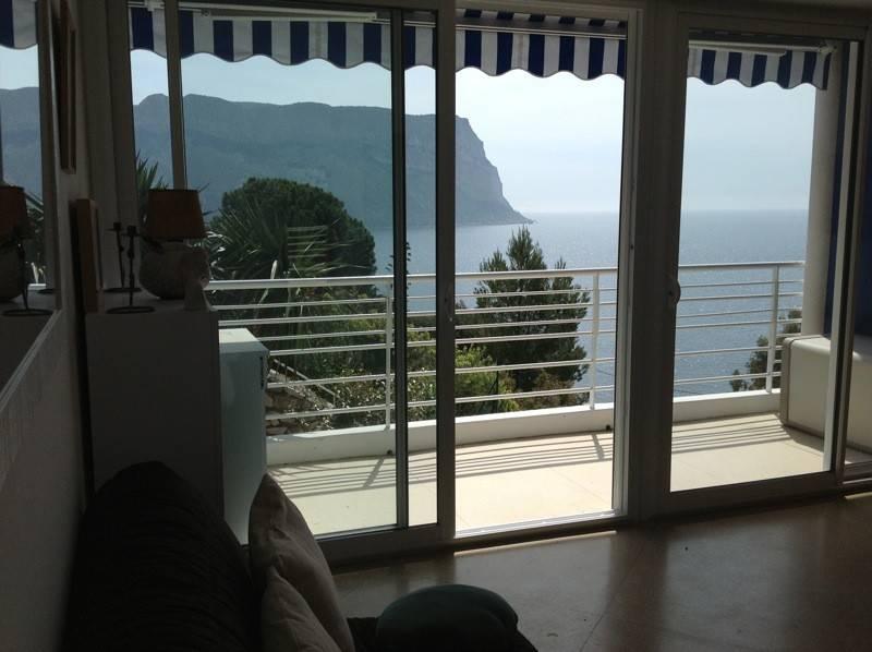 Vente appartement vue mer T2  cassis poximité plage du bestouan terrasse