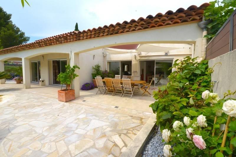 Vente villa Cassis prox commerces piscine