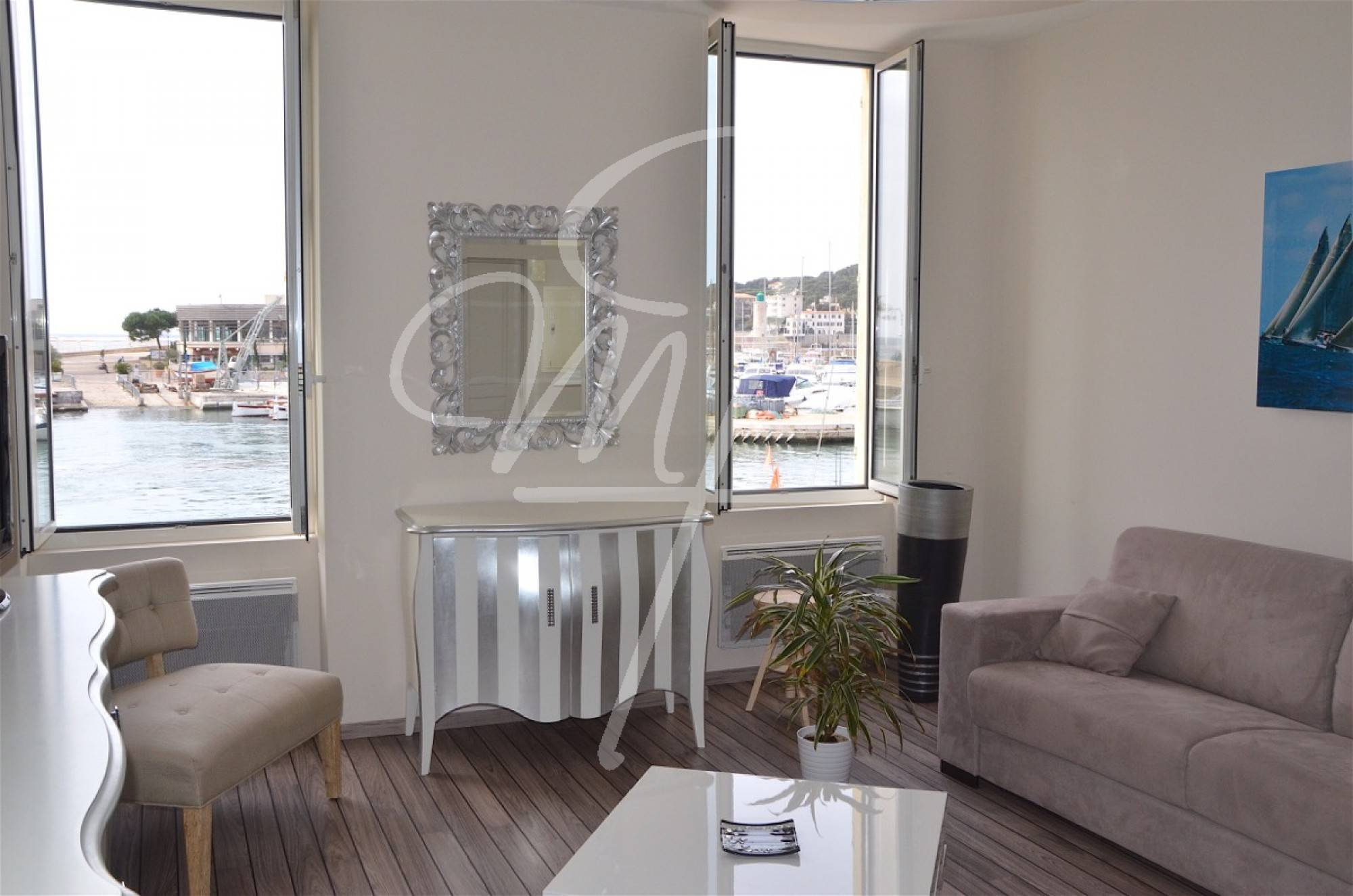 Vente appartement contemporain T2 cassis port