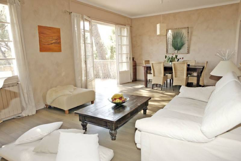 achat studio r nov pour investissement locatif le castellet 83330 transactions immobili res. Black Bedroom Furniture Sets. Home Design Ideas